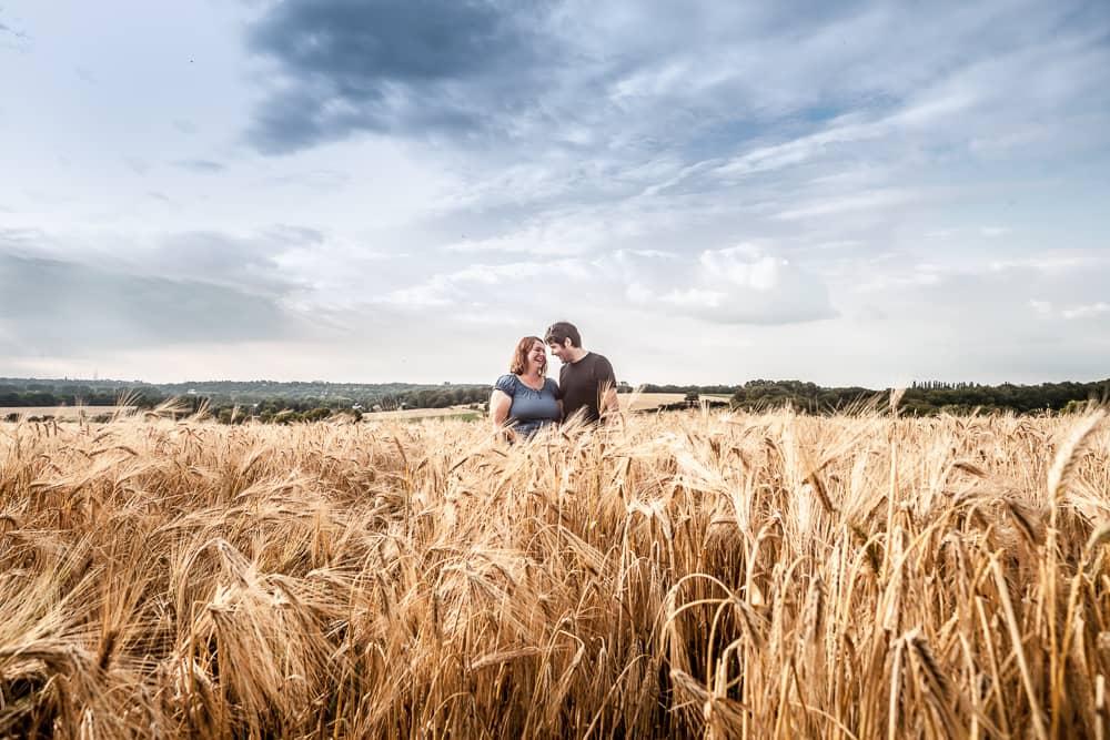 Thomas und Bianca im Kornfeld